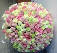 Букет из 221 розы