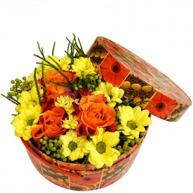 """Цветы в коробке """"Сладостные"""""""